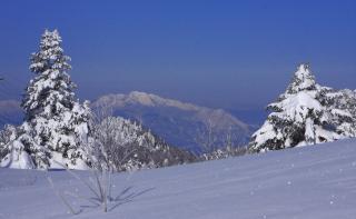 志賀高原からの妙高山